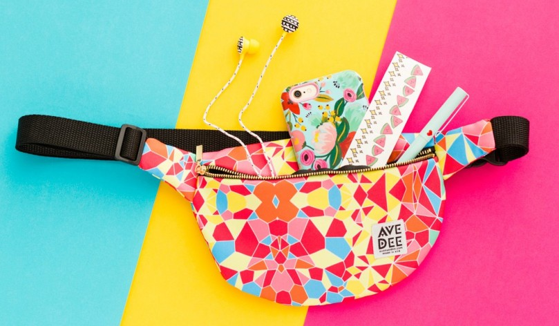3-FannyPack-Contents